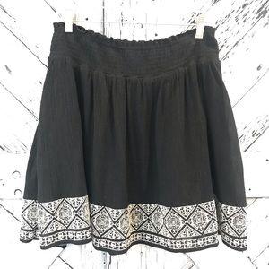 Old Navy Crinkle Skirt (M)